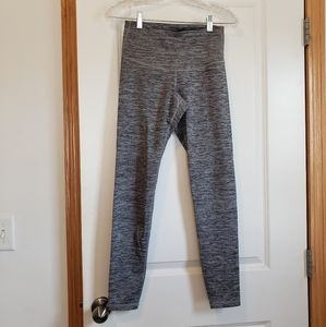 Old Navy high rise Active leggings